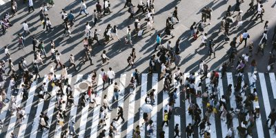 people crosswalk crowd ryoji-iwata-IBaVuZsJJTo-unsplash
